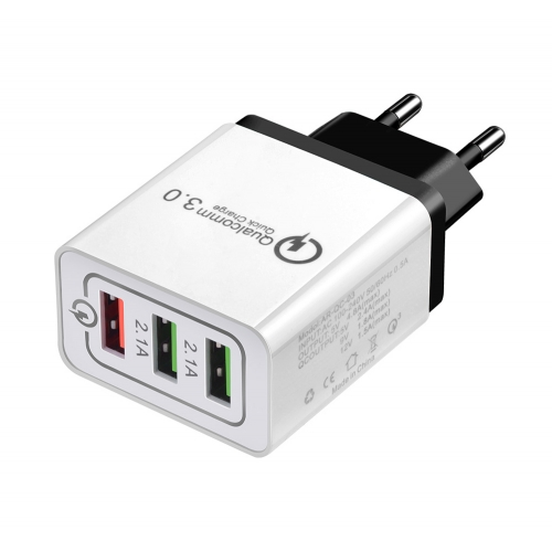 3 USB adapter met Quick Charge 3.0
