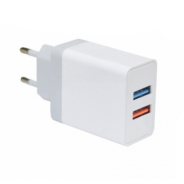 Duo USB adapter met Quick Charge 3.0